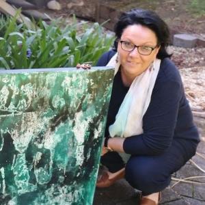 Living with koalas artist - Libby Dyer